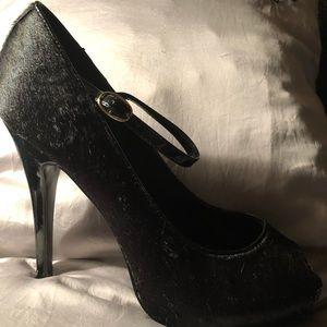 Steve Madden Black Calf Hair Heels Size 9